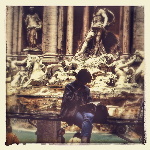 Roma anni '80. Fontana di Trevi. Repost for #fountain #colorful #hdr #emotions #oldphoto #summer #travel