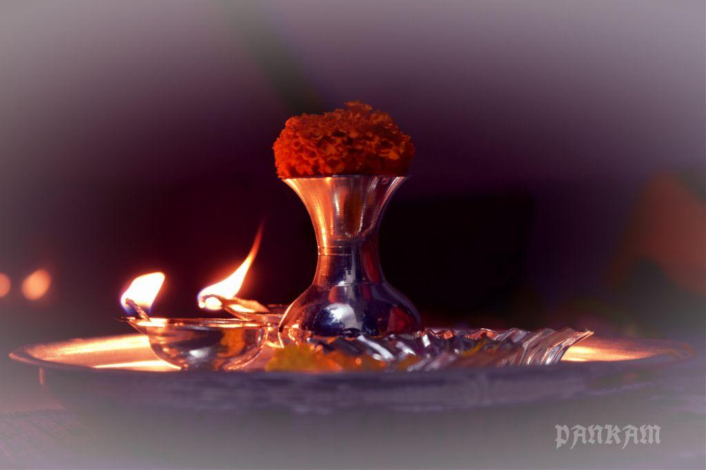 Lamp  #light #fire #tradition #aarti #ritual #marigold #flower #bright #pankam #