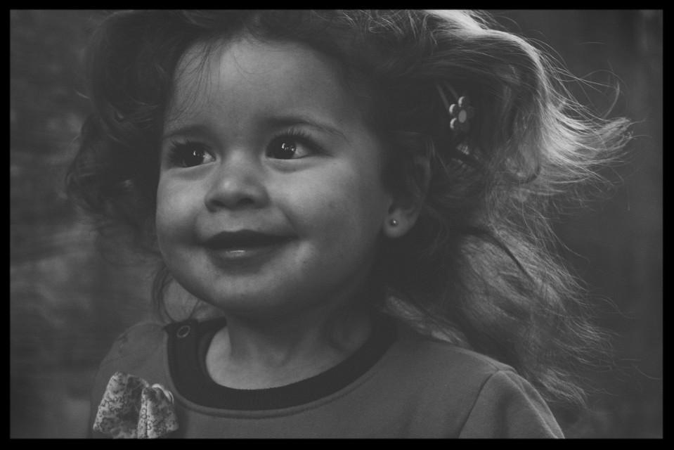 Todo lo bueno despeina ♡ #princes #blackandwhite #baby #love  #people #photography #children
